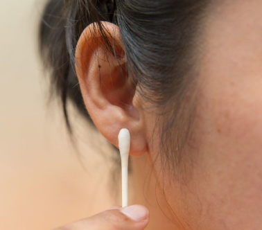 How to care for ear piercing
